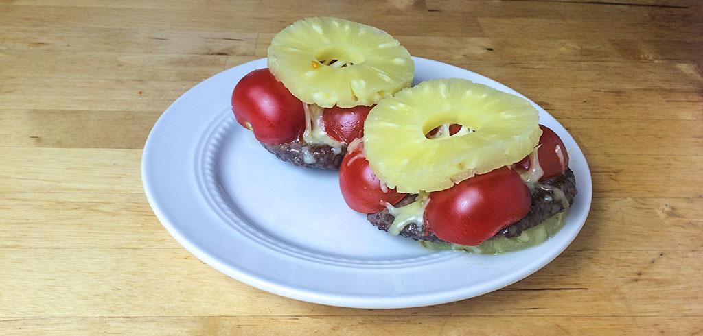 Rezeptbild zu Hamburger mit Ananas als Abnehmrezept und zum Fettabbau
