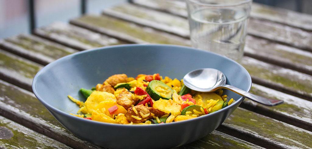 Rezeptbild zu Hähnchen Curry von Frosta als Abnehmrezept und zum Fettabbau