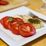 Vorschaubild für Fischfilet mit Basilikum und Tomaten
