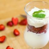 Vorschaubild für Erdbeerquark mit Joghurt
