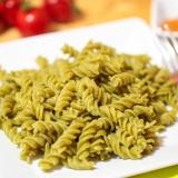 Vorschaubild für Nudeln aus Erbsenmehl mit rotem Pesto
