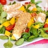 Vorschaubild für Fetakäse in Sesamkruste mit Mango und Blattsalat