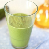 Vorschaubild für Grüner Serotonin-Booster mit Hanfeiweiß, Spinat, Gurke und Avocado