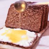 Vorschaubild für Vollkornbrot mit Quark und Honig